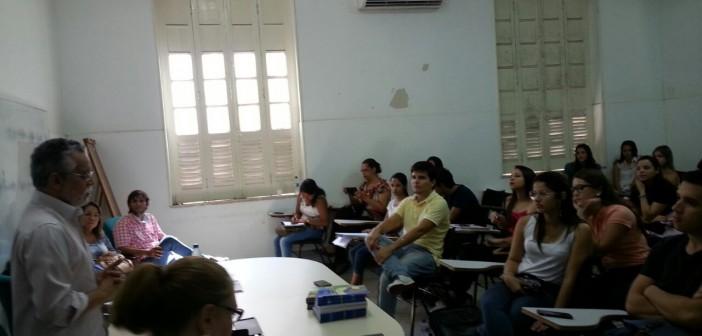 Sindmepa participa de mesa redonda com alunos de medicina